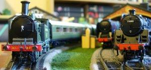 M7 class 42 passes 35027 Port Line and BR standard 5MT 73082 Camelot