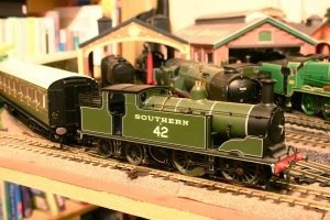 Hornby M7 tank Southern 42