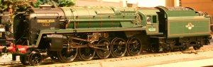 Hornby standard 9f class 92220 Evening Star