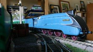 Hornby A4 4468 Mallard