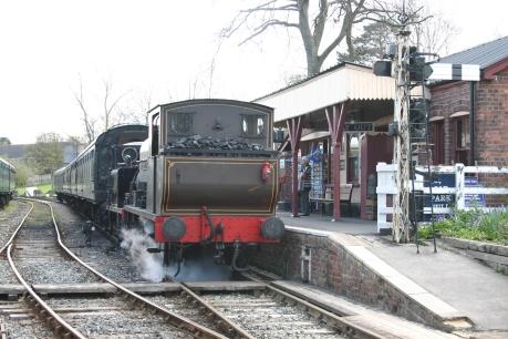 Tenterden Town - 14 Charwelton & 32670