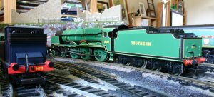 Bachmann 850 Lord Nelson on shed
