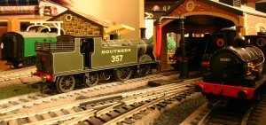 Hornby M7 357 on shed