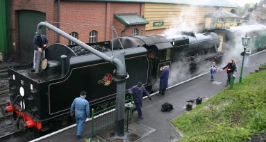 Ropley - Ex LMS Black 5MT class 45379