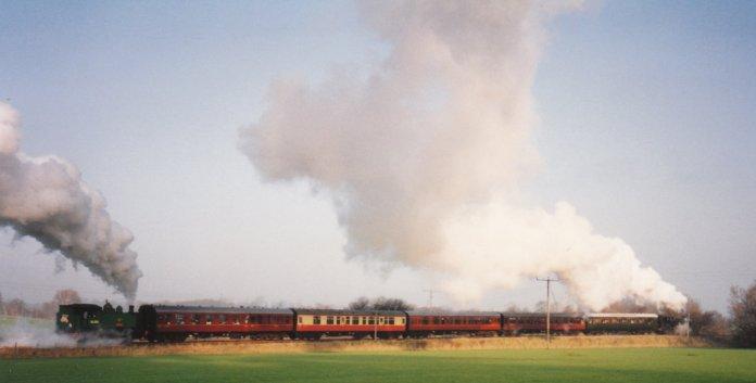 1994 - Leaving Rolvenden (Tenterden Bank) - 1638 & DS238 Wainwright