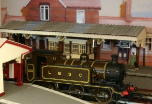 Super detailed Hornby E2 tank engine 100 at Sheffield Park