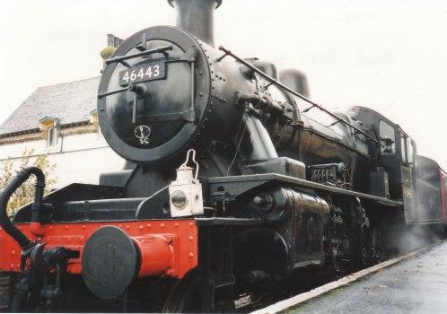 001 - Isfield - Lavender line - Ivatt 2MT 46443
