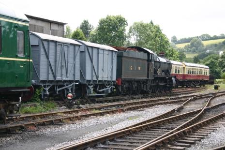 Buckfastleigh - Hall 4900 class 4920 Dumbleton Hall