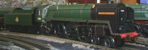 Hornby R3096 70004 William Shakespeare BR Standard 7MT class