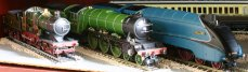 National Collection Record breakers - Bachmann 3440 City of Truro, Hornby 4472 Flying Scotsman & 4468 Mallard