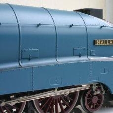 Hornby A4 class review 4468 Mallard