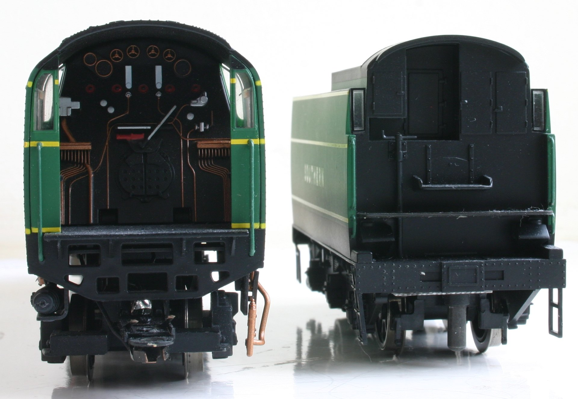 Hornby Unrebuilt West Country Battle Of Britain Class