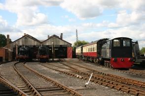 Didcot Railway Centre - 53xx 5322 & 69xx 6998 Burton Agnes Hall