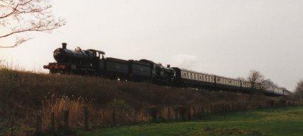 026 - Near Bishops Lydeard - 43xx Class 7325 & 4073 Castle Class 7029 Clun Castle