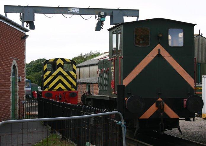 041 - Isle of Wight Steam Railway - Havenstreet - Barclay 0-4-0 Shunter 235 & British Railways Class 03 D2059
