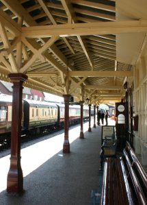 Bluebell Railway -  Sheffield Park - Station Platform 2 Waiting Shelter