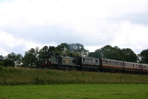 Bluebell Railway - Approaching Horsted Keynes (from Sheffield Park) - LBSCR E4 class B473 (Birch Grove)