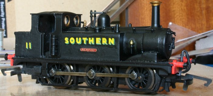 Hornby Terrier W11 Newport with Golden Arrow extended bunker - SR black - brass nameplates (5)