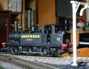 Hornby Terrier W11 Newport with Golden Arrow extended bunker - SR black - brass nameplates (7)