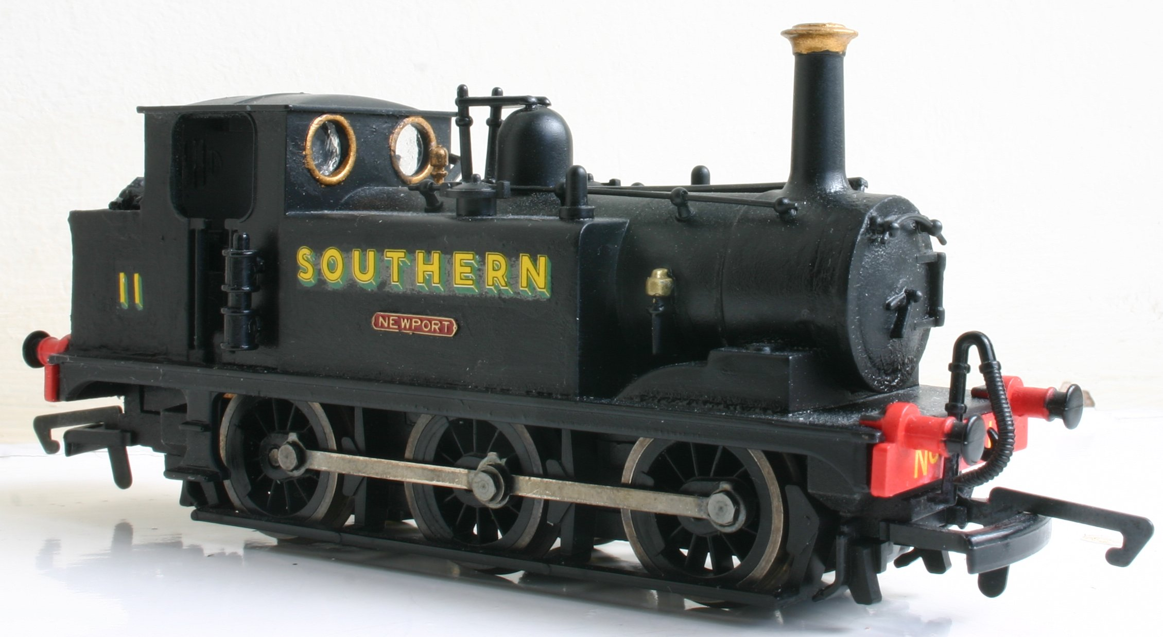 Modified Hornby A1X Terrier W11 Newport (Golden Arrow extended