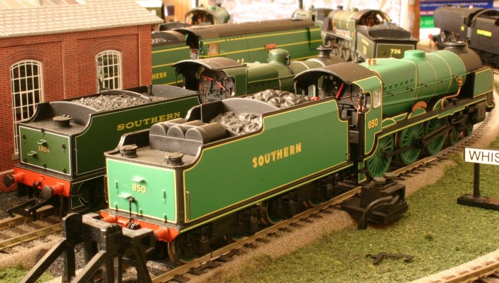 Southern Railway Days - Detailed Bachmann N class 1824 & 850 Lord Nelson