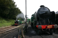 016 - Watercress Railway - Ropley - Schools Class V - 925 Cheltenham & 850 Lord Nelson