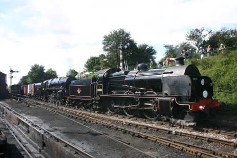 Watercress Railway - Ropley - U class 31806 & 9F 92212