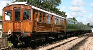 Bluebell Railway -  Sheffield Park - U Class 1638 pulling Great Northern Railway 706 - Directors' Saloon