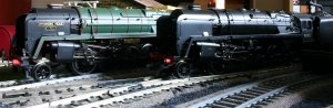 Hornby Railroad 92220 Evening Star and Bachmann 92192 BR Standard 9F