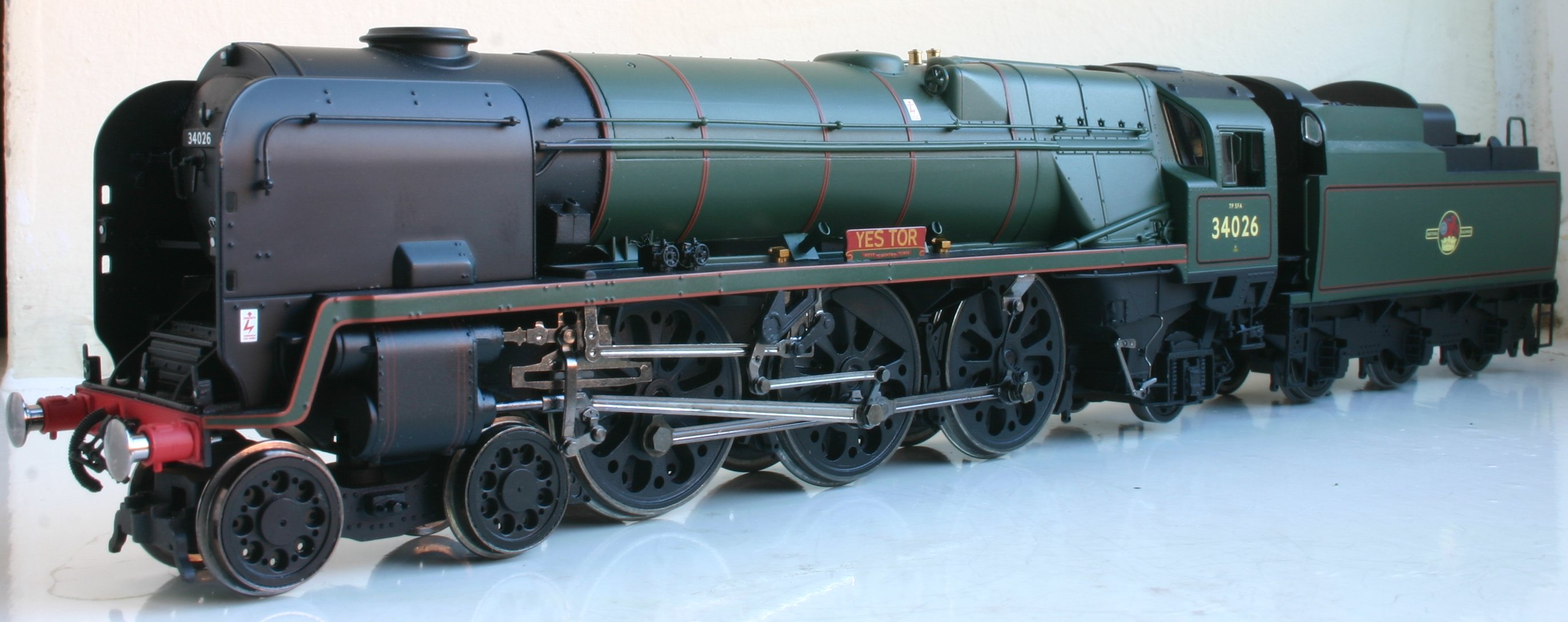 hornby rebuilt west country   battle of britain class review loco yard Cylinder Aircraft Engine Overhaul car engine overhaul guide