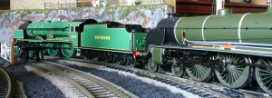 Locoyard 00 scale - Southern scenes 2012 Bachmann 850 Lord Nelson & Hornby 736 Excalibur