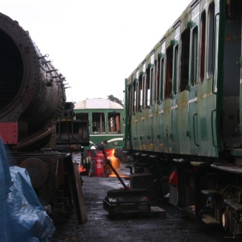 015 - 2012 - Watercress Line - Ropley - Locoyard