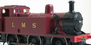 Hornby Railroad LMS 3F Jinty 7414
