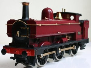 Hornby 2721 class 2783 Pannier Tank repainted in Maroon and gold
