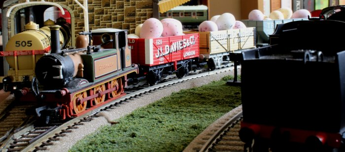 Locoyard Easter 2013 - A1X Terrier 55 Stepney - Chocolate Egg Freight Special