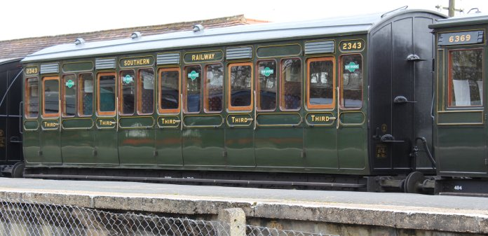 2013 - Isle of Wight Steam Railway - Havenstreet - Southern Carriage 2343