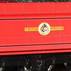 Harry Potter - 5972 Hogwarts Express - Hogwarts Castle (tender - emblem)