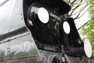 2013 Watercress Line - Ropley - NRM Bulleid pacific - 34051 Sir Winston Churchill (smokebox)