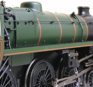 Bachmann - BR Standard 4MT 4-6-0 class - 75069 Locoyard Review (boiler)