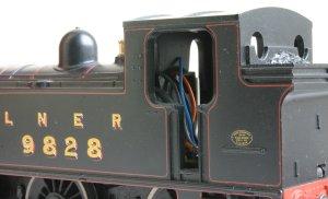 Hornby Railroad - LNER J83 - model review - 9828 (cab)
