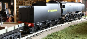 Locoyard - Hornby - Southern Bulleid Q1 class - C1