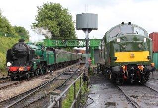 2013 - Watercress Line - Ropley - Schools class - 925 Cheltenham & Class 37 - D6836