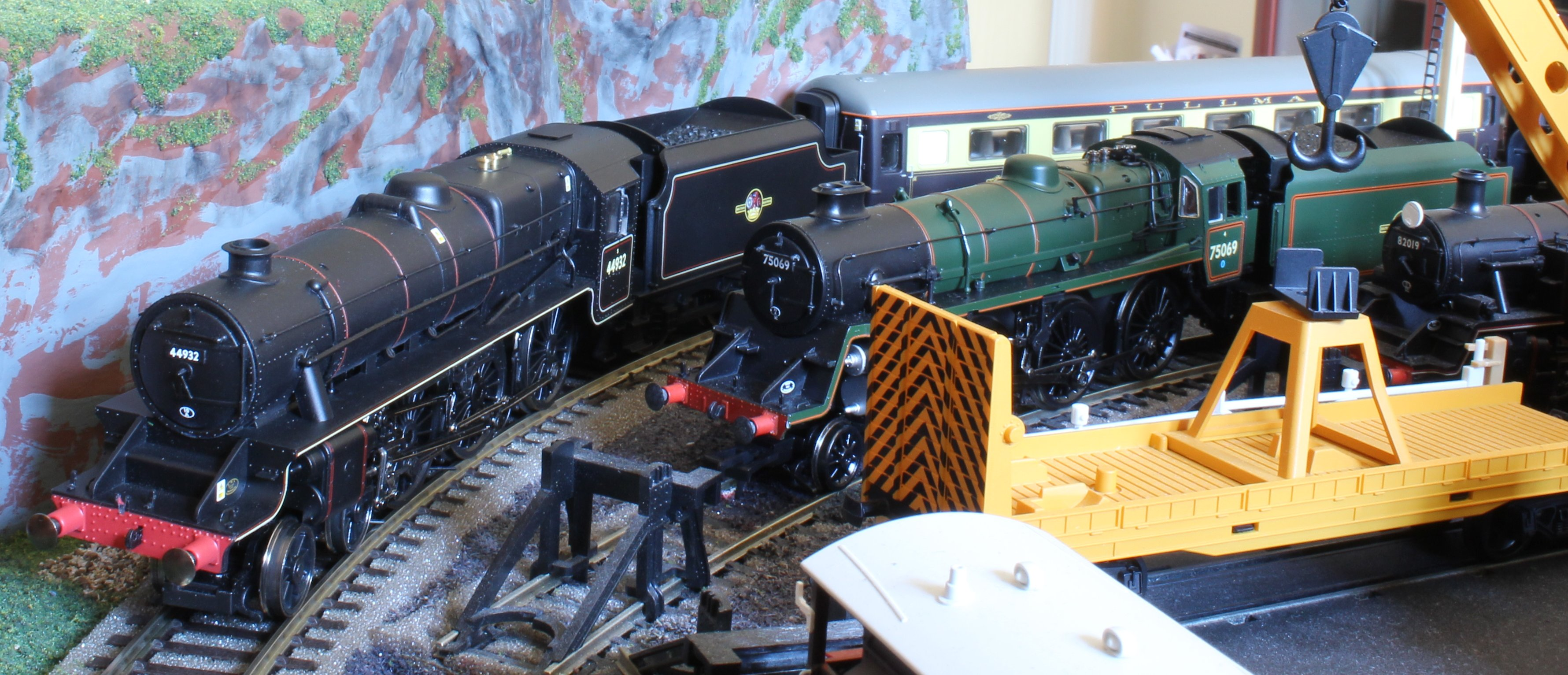 Model of the Week – Ex-LMS Black 5 – 44932 | Loco Yard