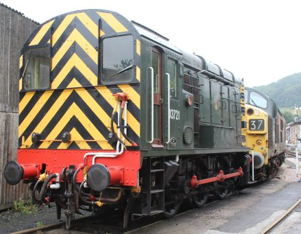 2013 South Devon Railway - Buckfastleigh - BR class 09 0-6-0DE D3721 (09 010)