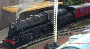 Locoyard - Bachmann 4MT 2-6-0 76079 station