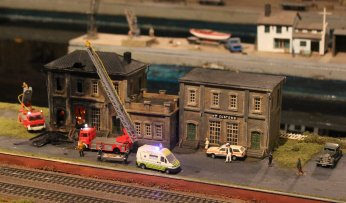 Trago Mills 00 Scale Model Railway - 2013 (10) Building on Fire
