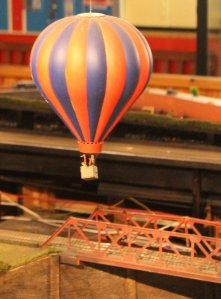 Trago Mills 00 Scale Model Railway - 2013 (27) Hot Air Balloon