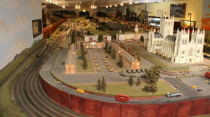 Trago Mills 00 Scale Model Railway - 2013 (38)