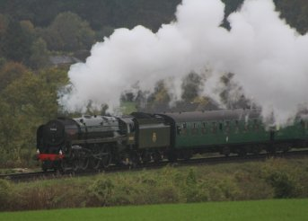 2013 Watercress Line Autumn Steam Spectacular - Approaching Ropley - BR Standard 7MT class 70000 Britannia