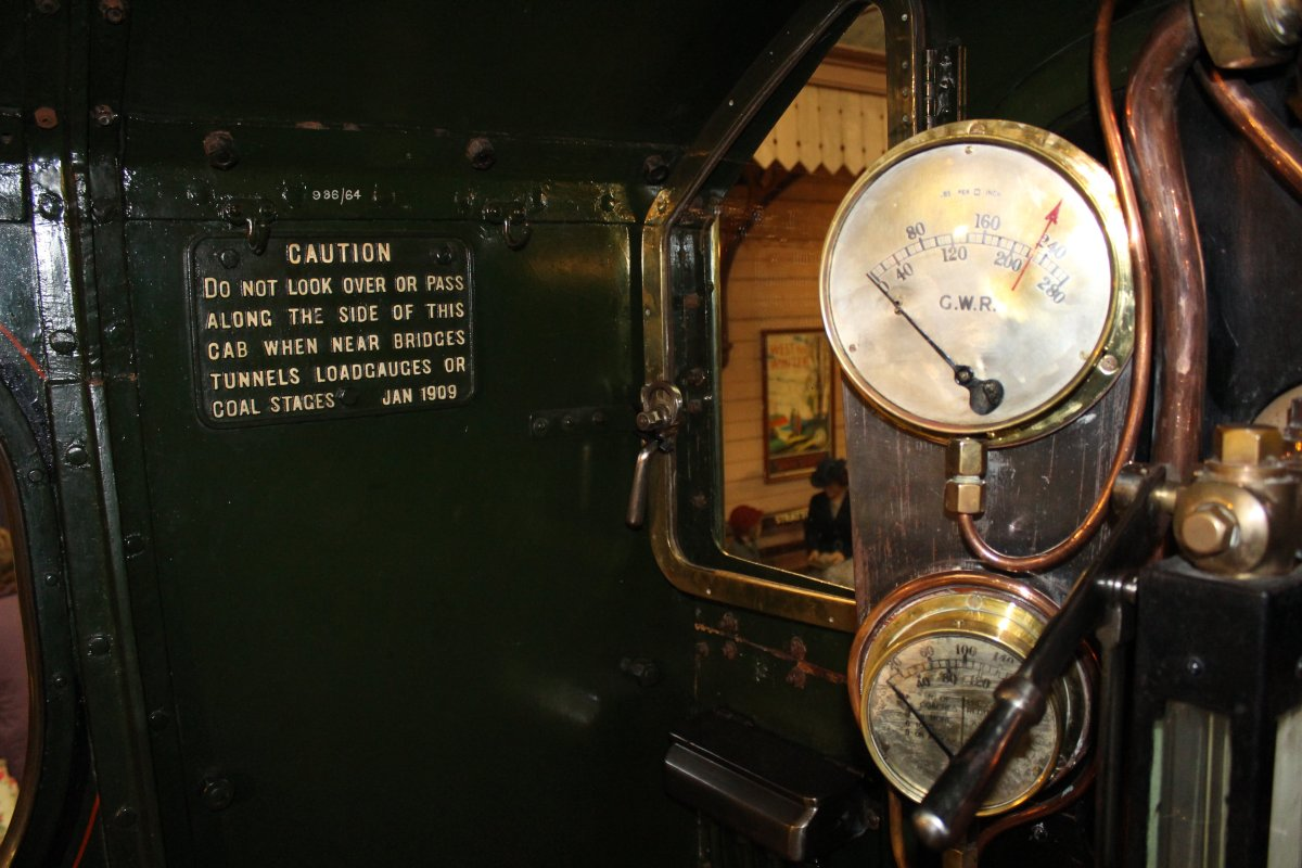 2013 - STEAM Museum of the GWR - Swindon - 4000 class 4003 Lode Star cab